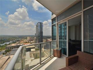200 Congress Ave #24C, Austin, TX 78701