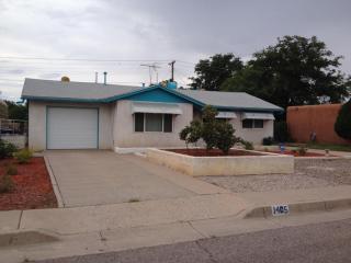 1405 Glorieta St Ne, Albuquerque, NM 87112