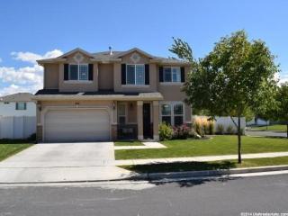 422 Winchester Dr, North Salt Lake, UT 84054
