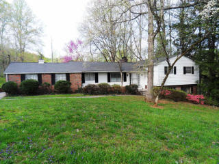 114 Caldwell Dr, Oak Ridge, TN 37830