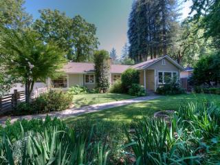 59 Redwood Dr, Kentfield, CA 94904