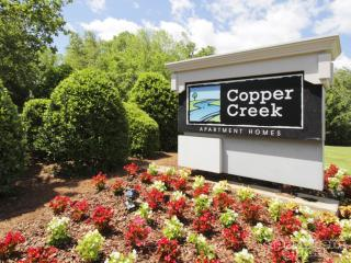 5710 Copper Creek Ct, Charlotte, NC 28227