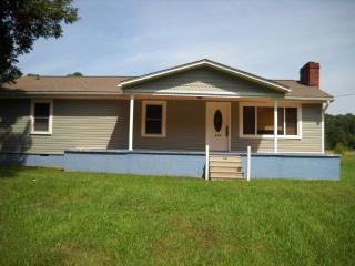 935 Phaniel Church Rd, Rockwell, NC 28138