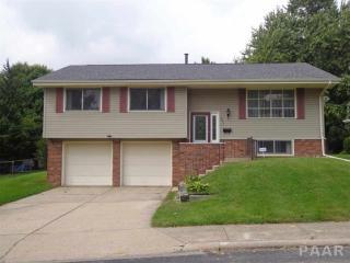 7211 N Whippoorwill Ln, Peoria, IL 61614