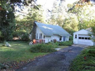 6 Middle Rd, Guilford, CT 06437