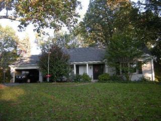 1814 Knollwood Rd, Louisville, KY 40207