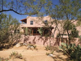 9031 E Bears Circle Dr, Tucson, AZ 85749