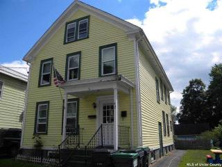 42 Post St, Saugerties, NY 12477