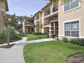 9721 Cypresswood Dr, Houston, TX 77070