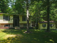 121 Wooded Acres Dr