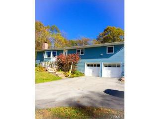 887 Craigville Rd, Chester, NY 10918