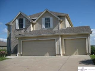 18052 Jones St, Elkhorn, NE 68022