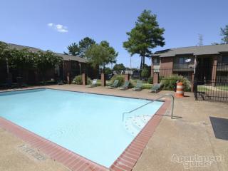 2755 Hickory Point Cv, Memphis, TN 38115