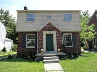 29 Maplefield Rd, Pleasant Ridge, MI 48069