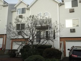 925 Oronoke Road #22D, Waterbury CT
