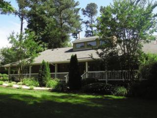 1301 Pinewinds Dr, Raleigh, NC 27603