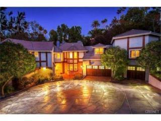 16881 Oak View Drive, Encino CA
