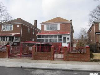 19615 45th Road, Queens NY
