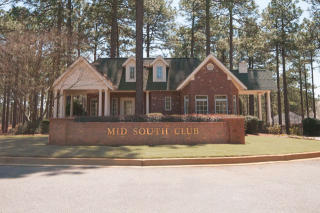 Mid South Club by McKee Homes