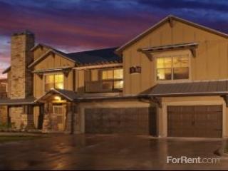 10422 Huebner Rd, San Antonio, TX 78240