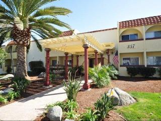 357 Chestnut Ave, Carlsbad, CA 92008