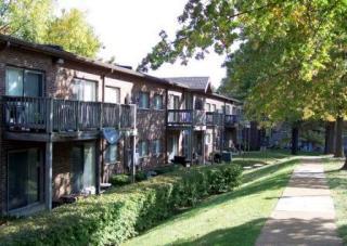 5010 Clayridge Dr, Saint Louis, MO 63129