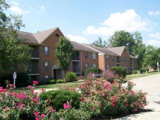 1735 Tanglewood Ct, Burlington, KY 41005