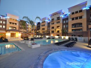 9800 Mira Lee Way, San Diego, CA 92126