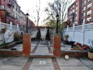350 Henry Street, Brooklyn NY