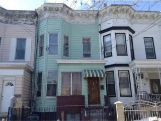 84 Autumn Ave, Brooklyn, NY 11208