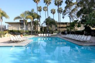 3866 Ingraham St, San Diego, CA 92109