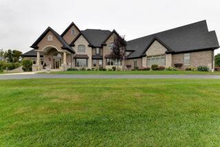 7355 Bonnie Drive, Village of Lakewood IL
