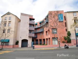 1736 State St, San Diego, CA 92101