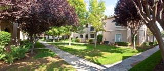 5175 N Fresno St, Fresno, CA 93710