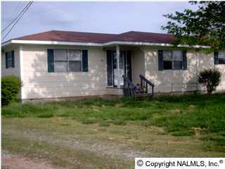 2137 County Lake Rd, Gurley, AL 35748