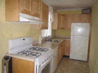 577 Liberty Ave, Williston Park, NY 11596