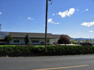 21633 North Malin Road, Malin OR