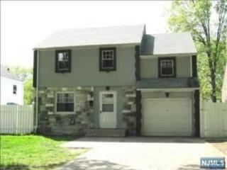 1816 Longview Court, Teaneck NJ