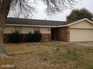 707 S Leon Ave, Monahans, TX 79756