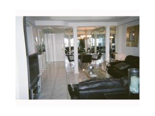 4001 Hillcrest Drive #1114, Hollywood FL