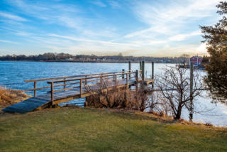 182 River Road, Pawcatuck CT