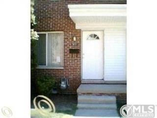3151 E Larned St, Detroit, MI 48207