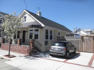 93 Glenwood Ave, Point Lookout, NY 11569