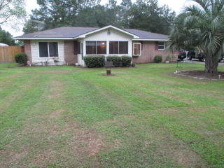 242 Christopher Ave NW, Whigham, GA 39897