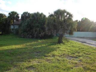 2307 Tamarind Drive, Fort Pierce FL