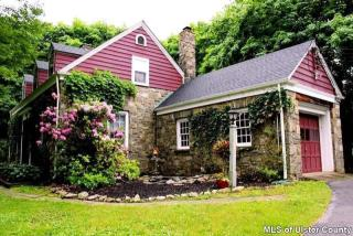 40 Brookside Road, New Paltz NY