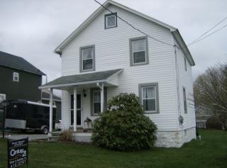 657 6th St, Colver, PA 15927
