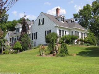 6 Twombly Rd, Monroe, ME 04951