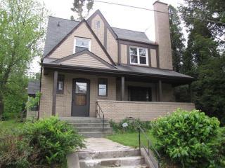 360 Halcomb Ave, Clairton, PA 15025