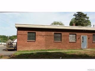 175 S Montgomery St #B, Walden, NY 12586